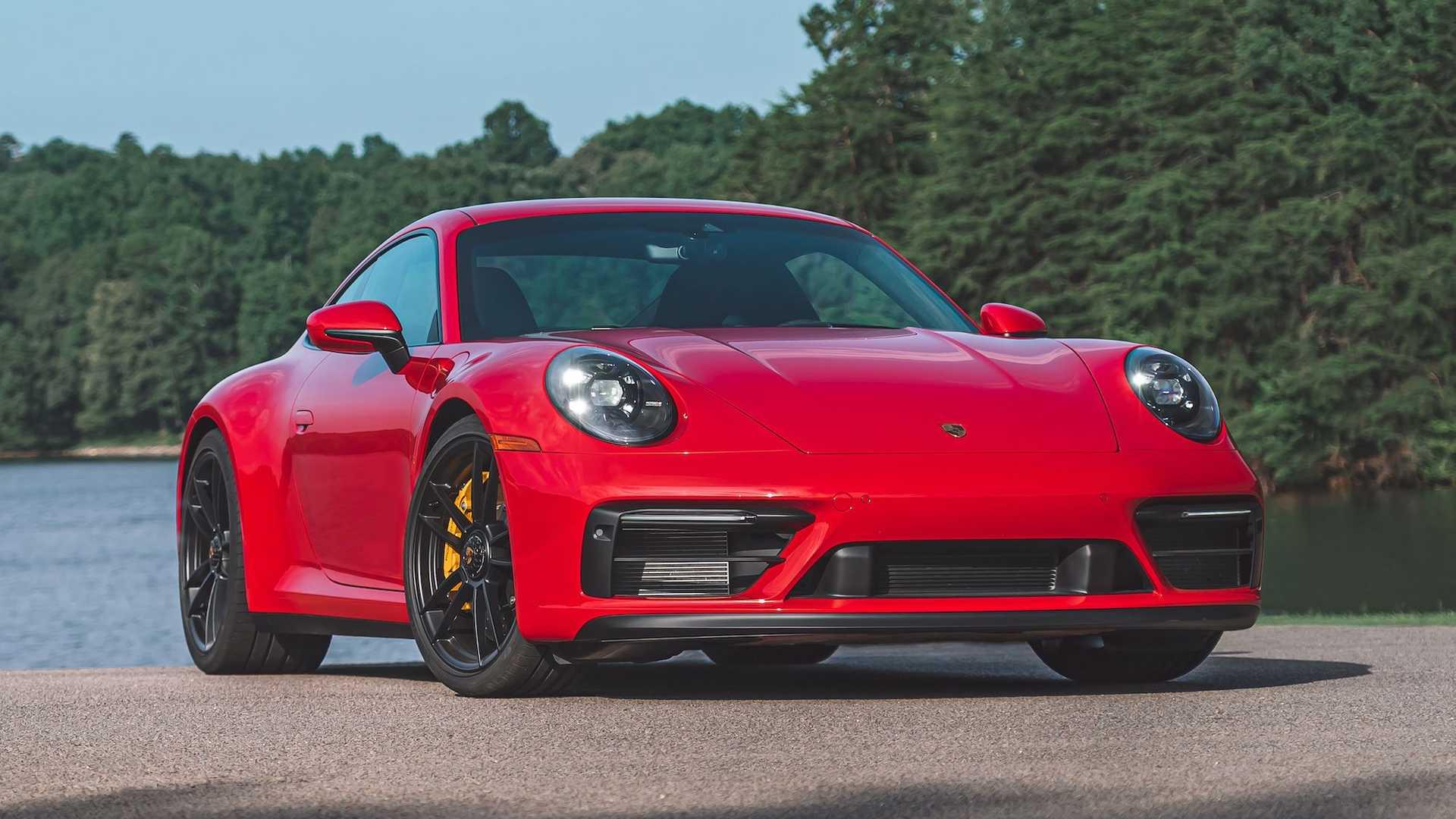 Porsche 911 szemből