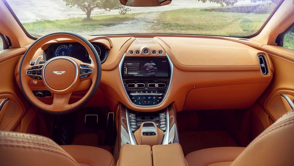 Aston Martin DBX utastere