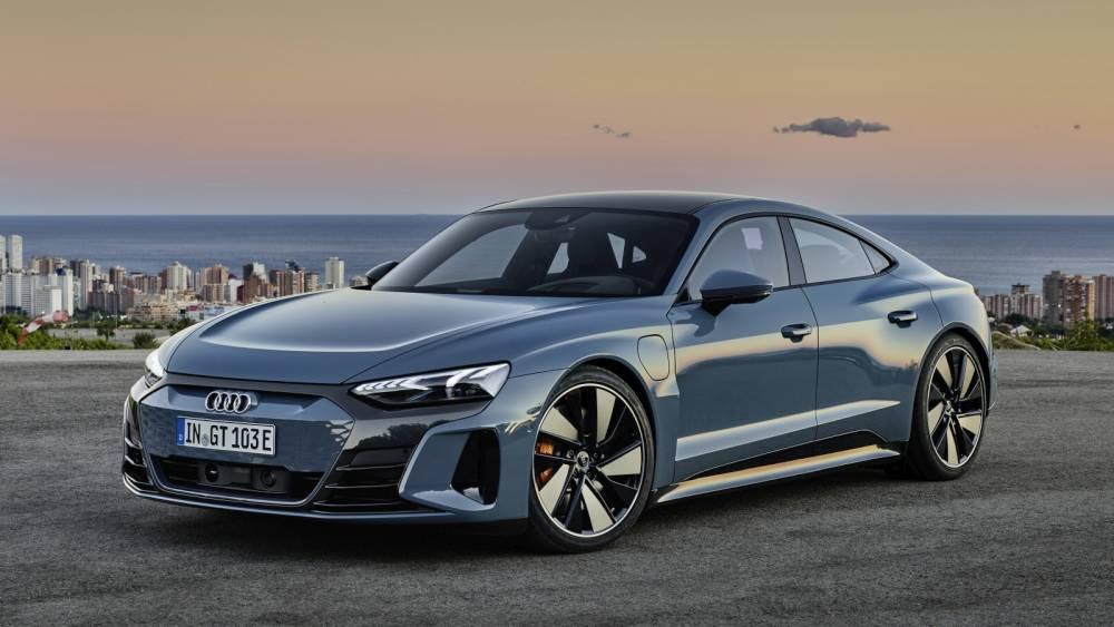 Audi e-tron GT szemből